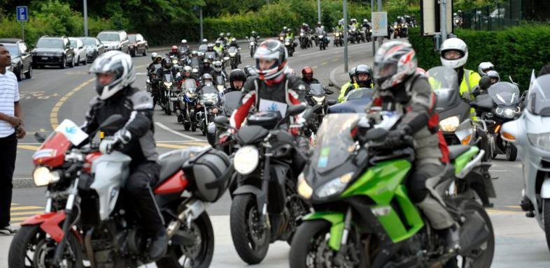 Les motards s'organisent contre la taxe parking